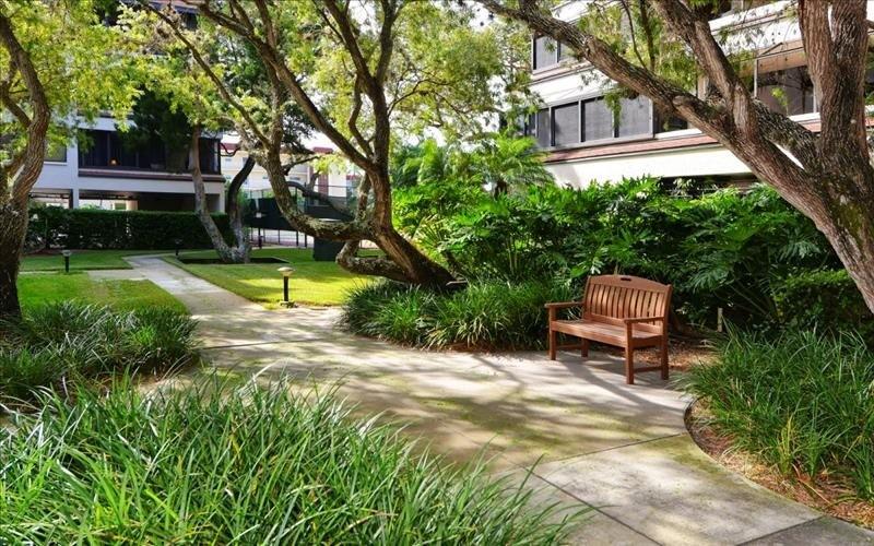 [Description courtyard