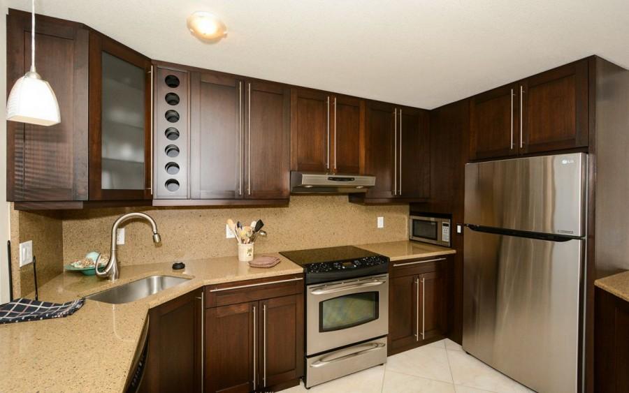 205-kitchen