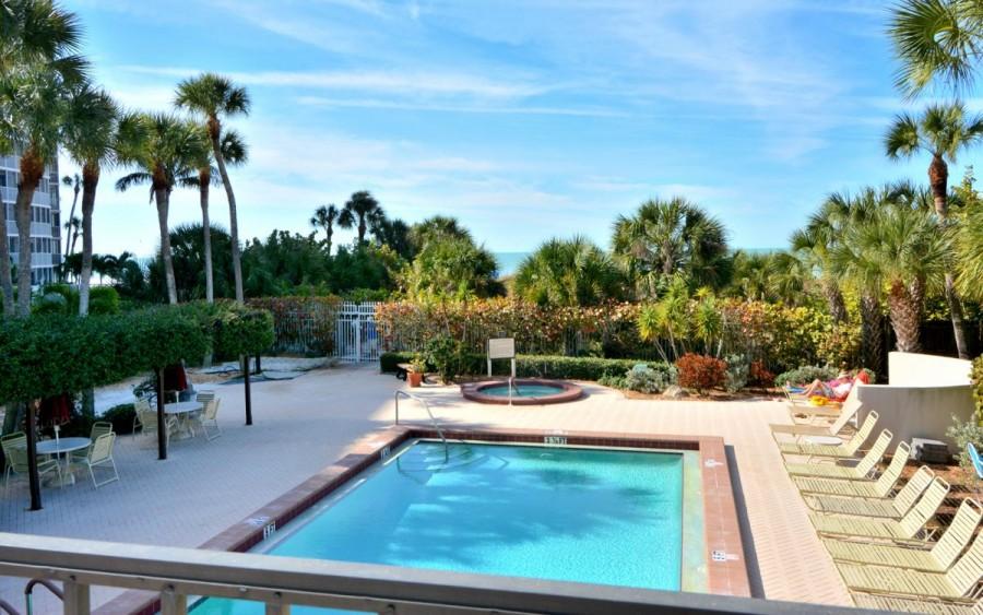 gulfside pool