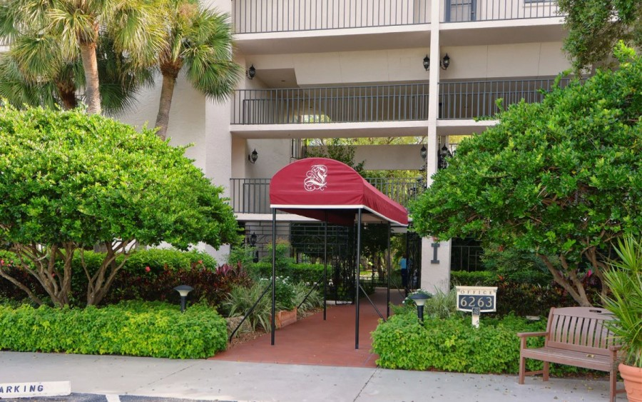 front awning